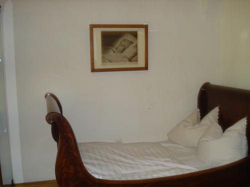 Hannemann's Death Bed.