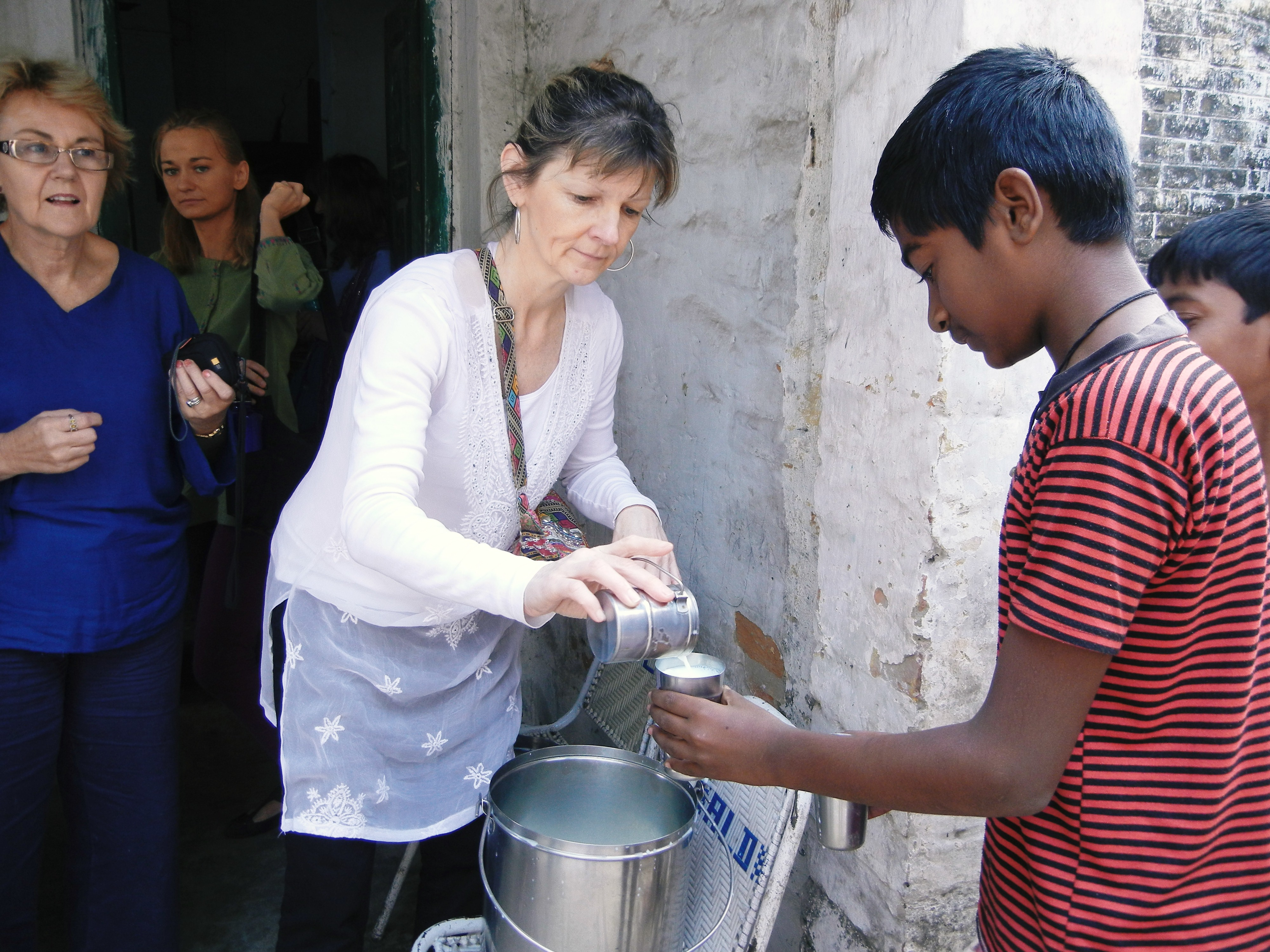Maria from the U.K in the slum clinic